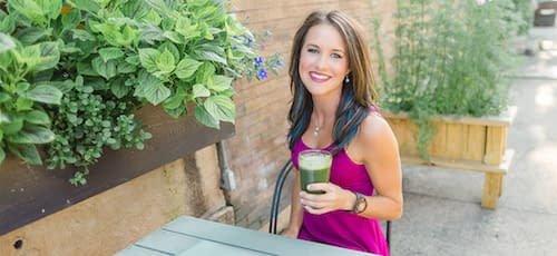 Dietitian Cassie drinking smoothie
