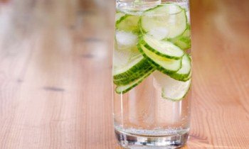 glass water lemon
